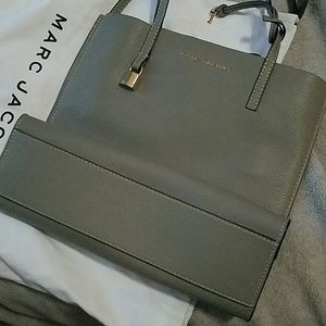 Marc Jacobs Grey Leather Open top Tote